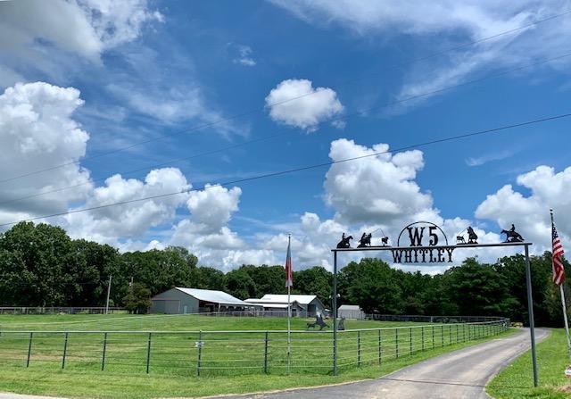 19576 Farm Road Cassville, MO 65625