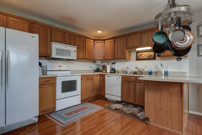 351 Bear Ridge Highlandville, MO 65669