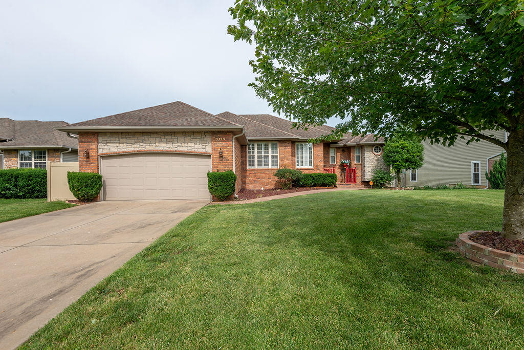 5110 Ashwood Avenue Battlefield, MO 65619