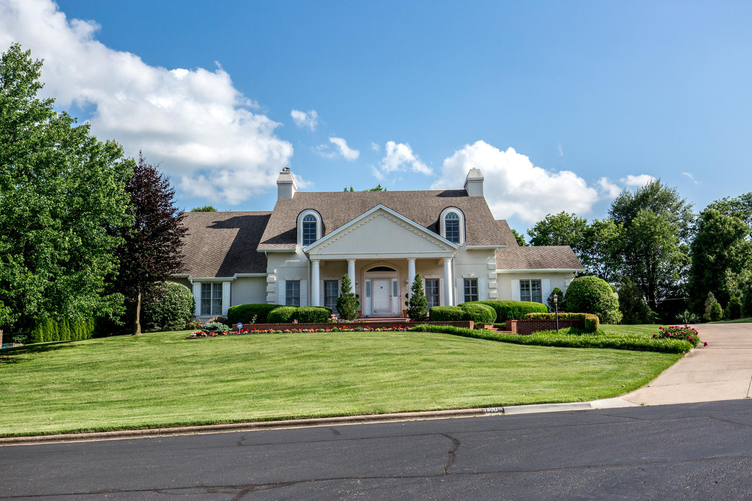 3900 East Turtle Hatch Road Springfield, MO 65809