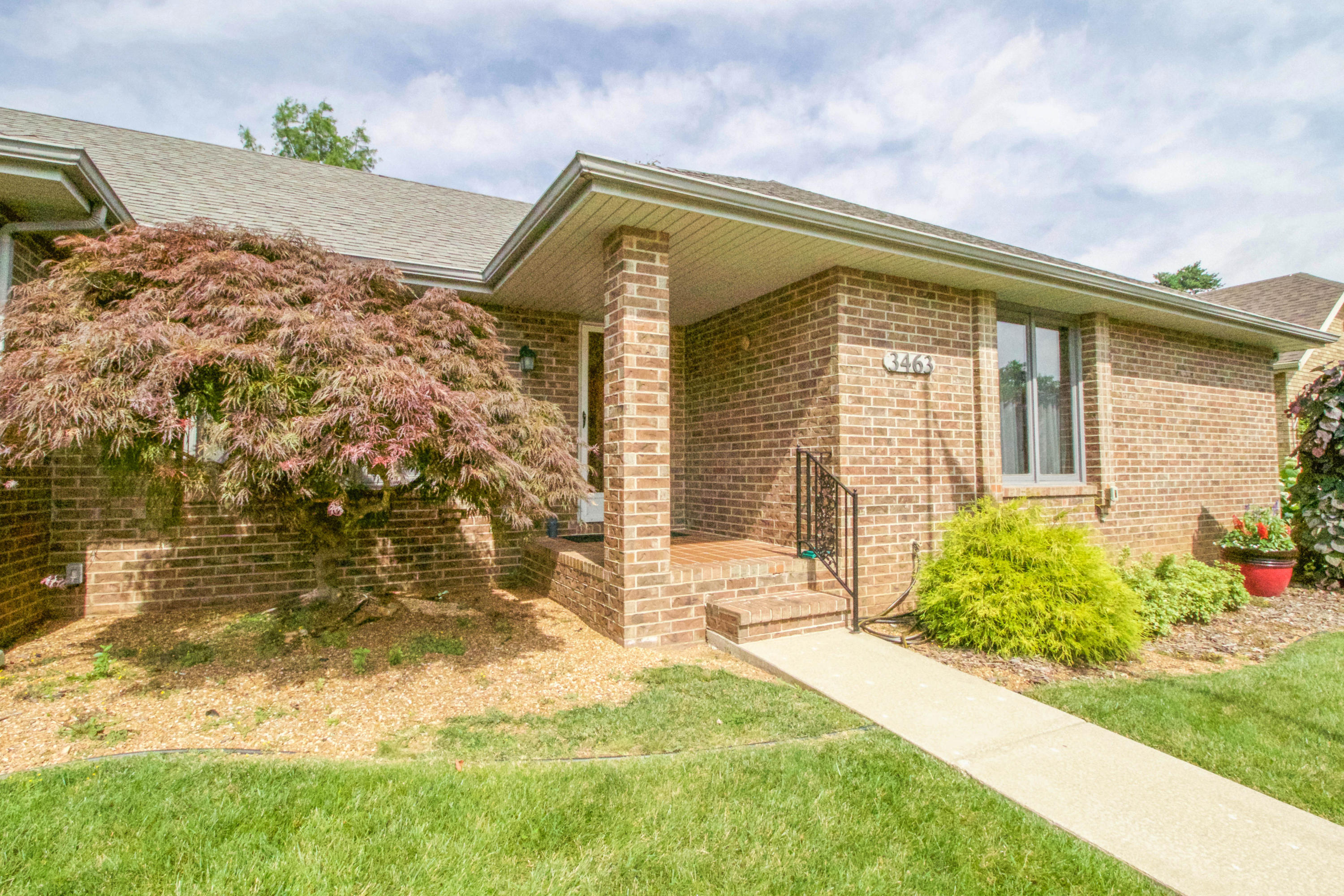 3463 South Valley View Avenue Springfield, MO 65804