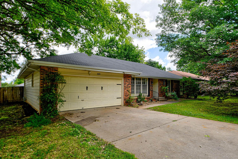 1645 West Katella Street Springfield, MO 65807
