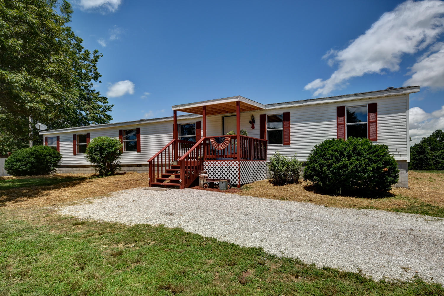 1711 State Hwy T Oldfield, MO 65720
