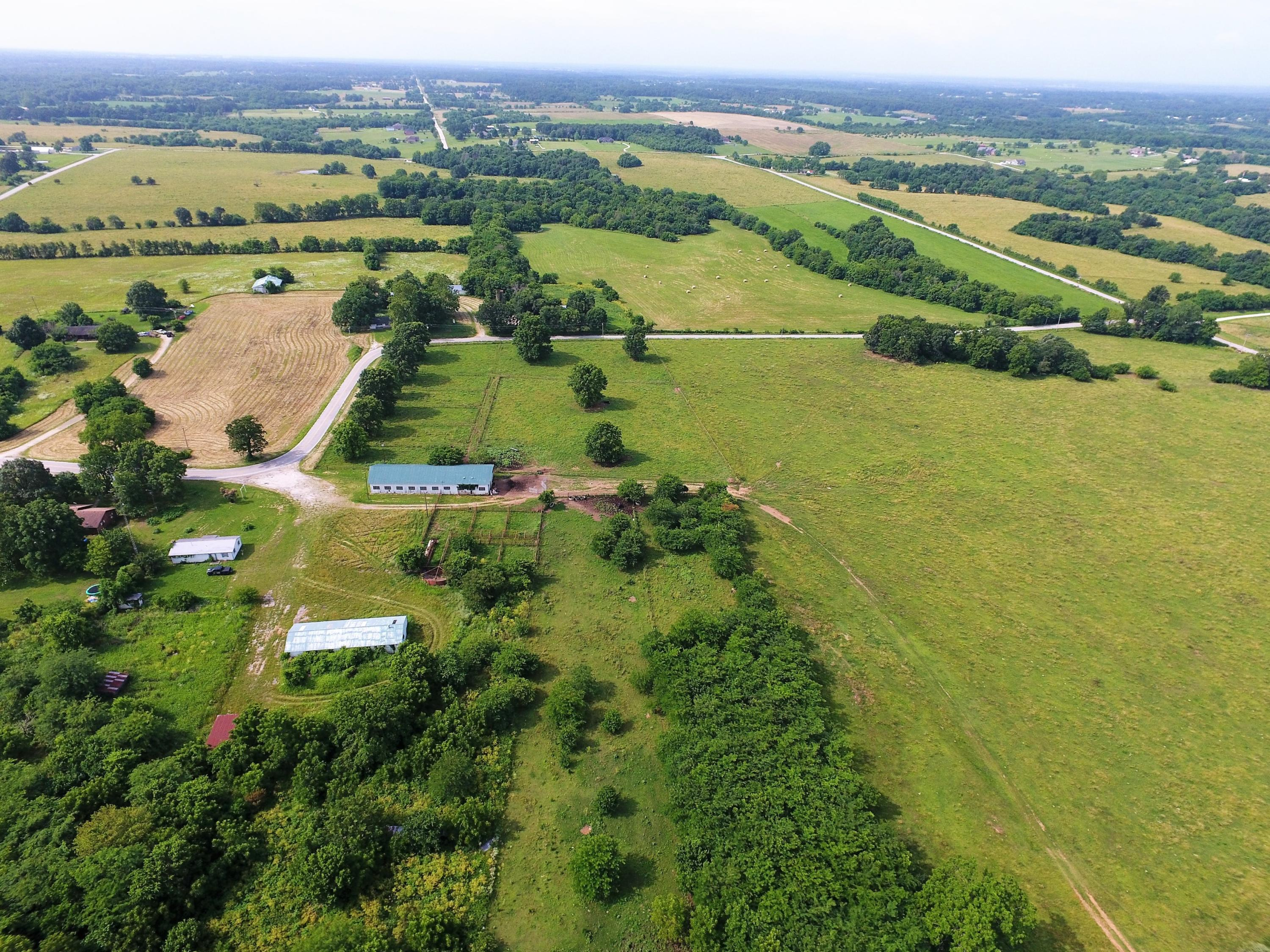 8247 W Farm Road Willard, MO 65781