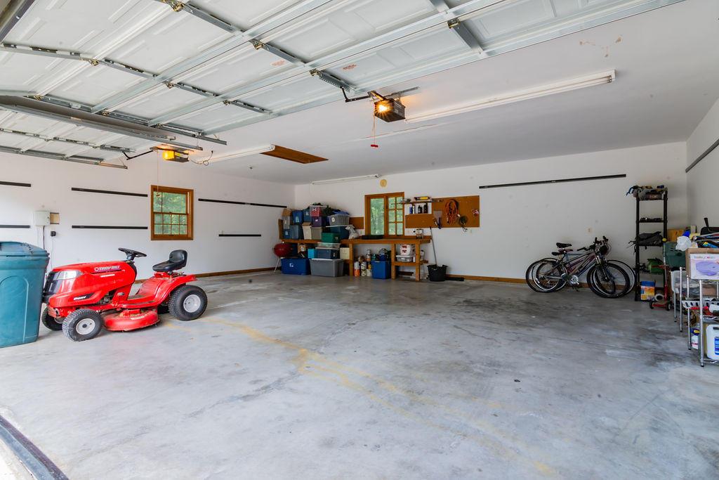 121 Lenhart Lane Branson, MO 65616