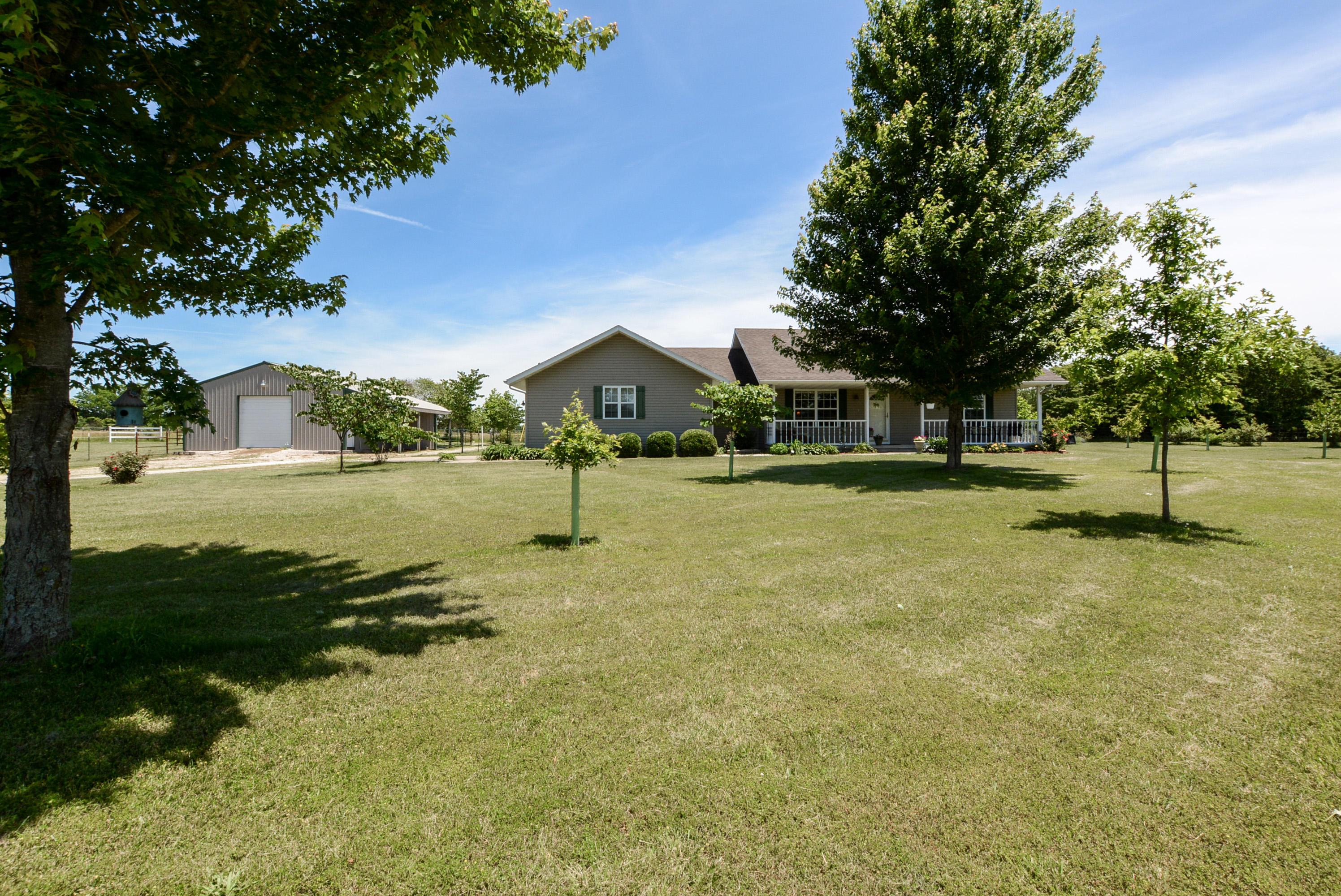 5860 State Hwy U Rogersville, MO 65742