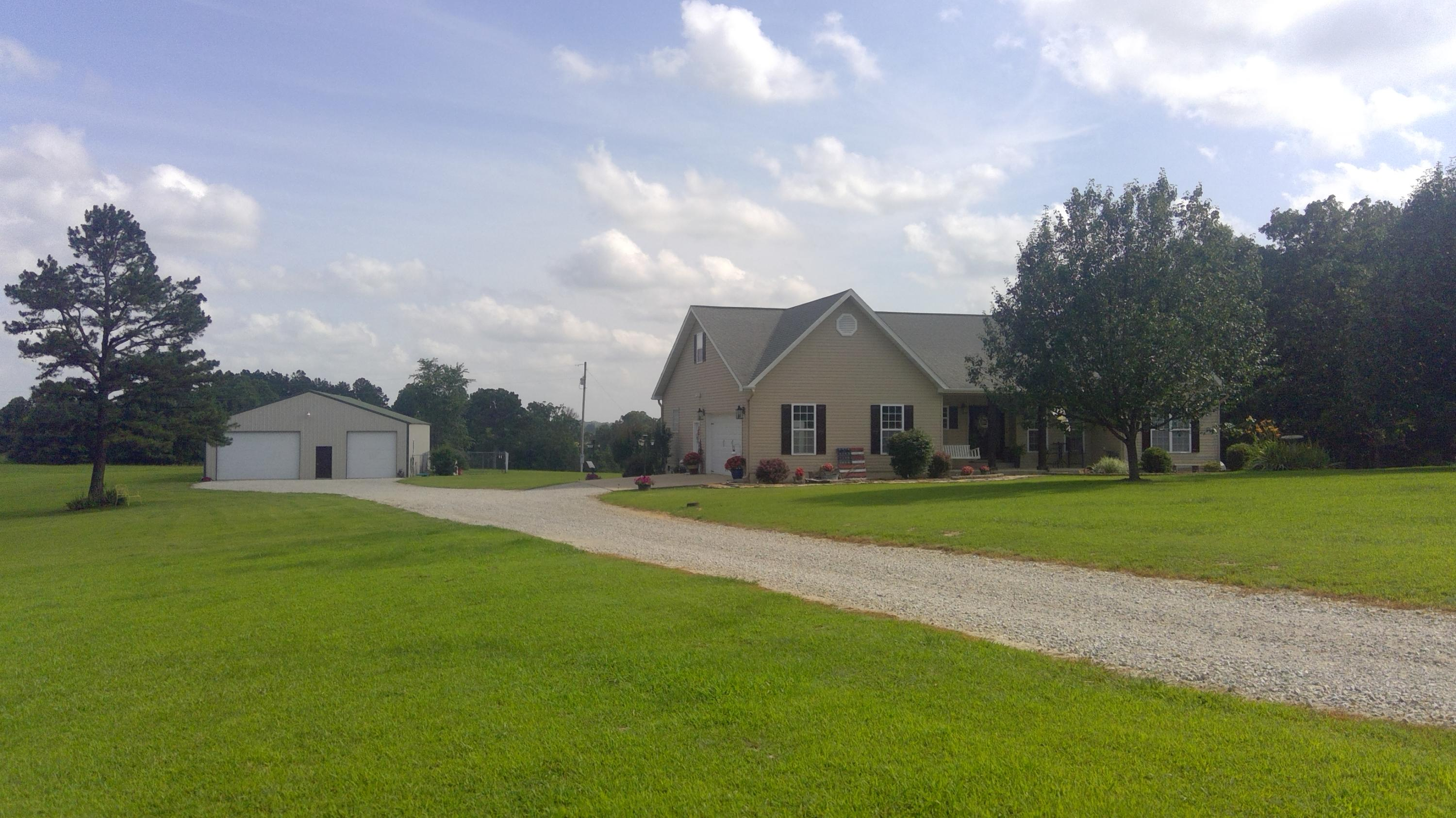 2834 County Road Willow Springs, MO 65793