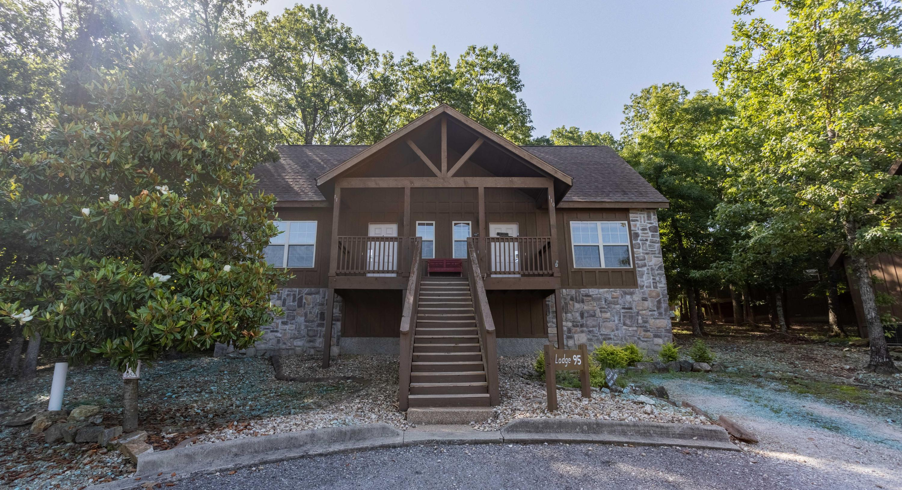 112 Bells Avenue Branson West, MO 65737