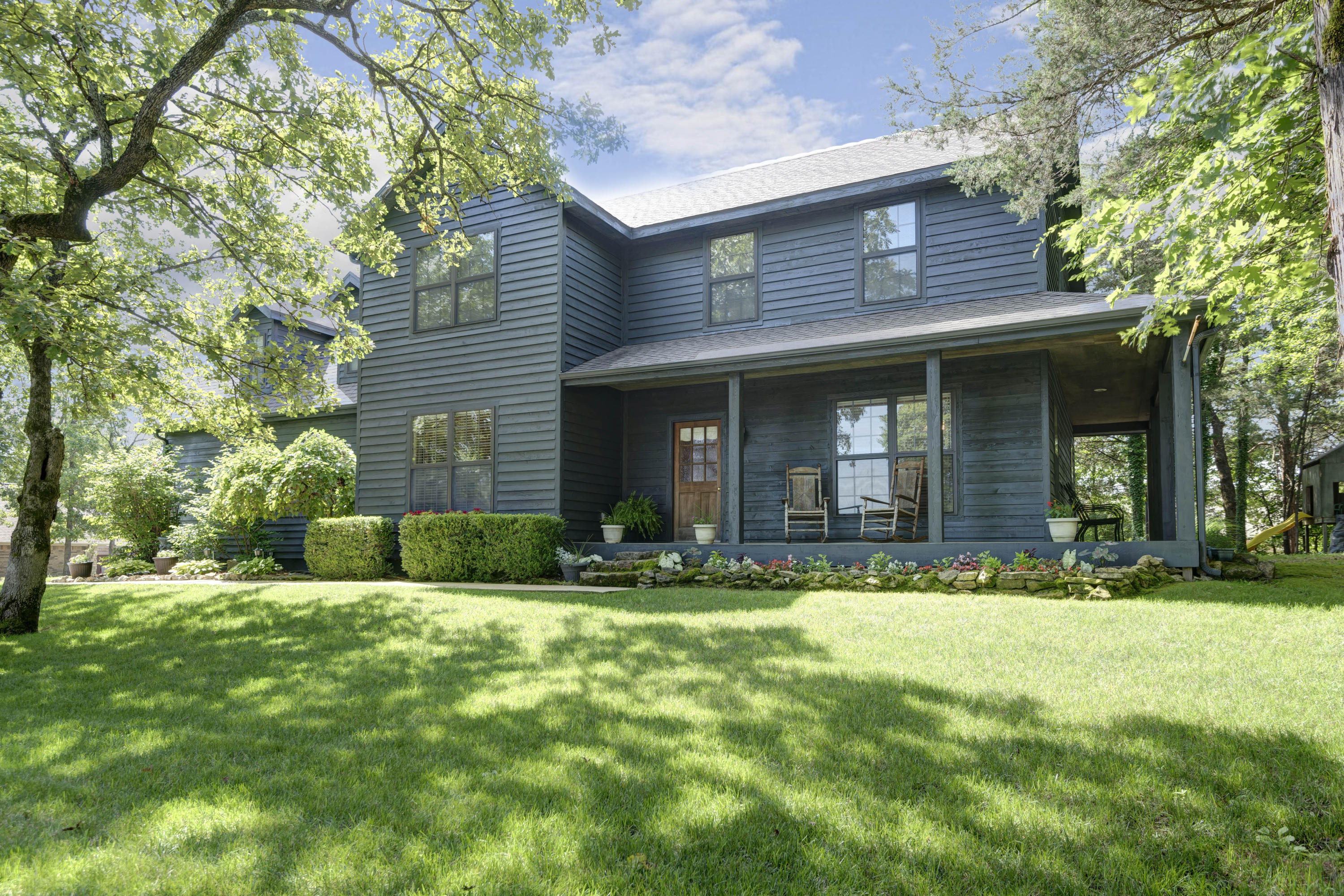 1001 Silvercrest Place Reeds Spring, MO 65737