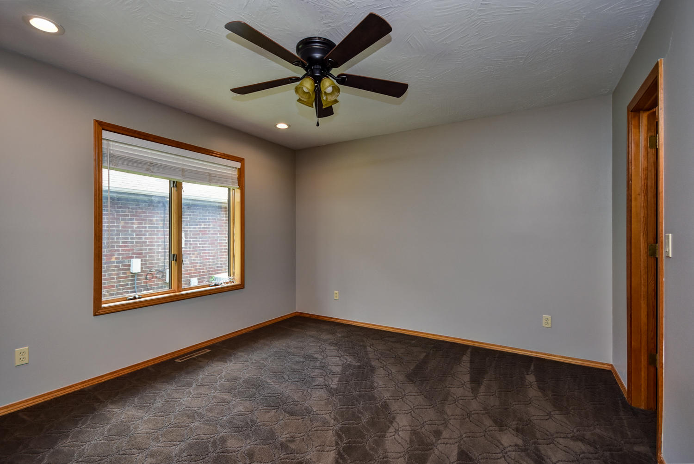 1453 East Powell Street Springfield, MO 65804