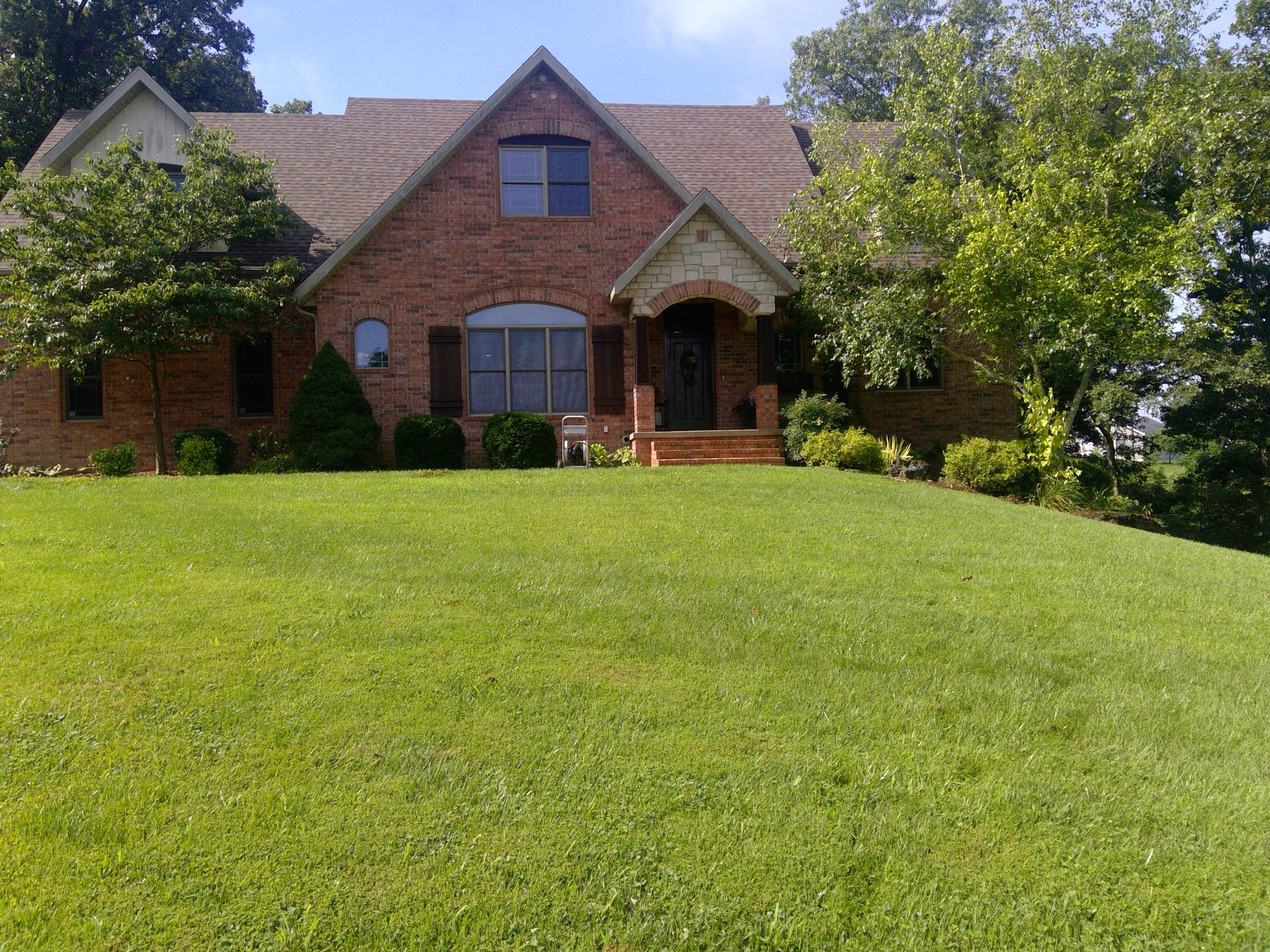 1500 Parch Corn Road Rogersville, MO 65742