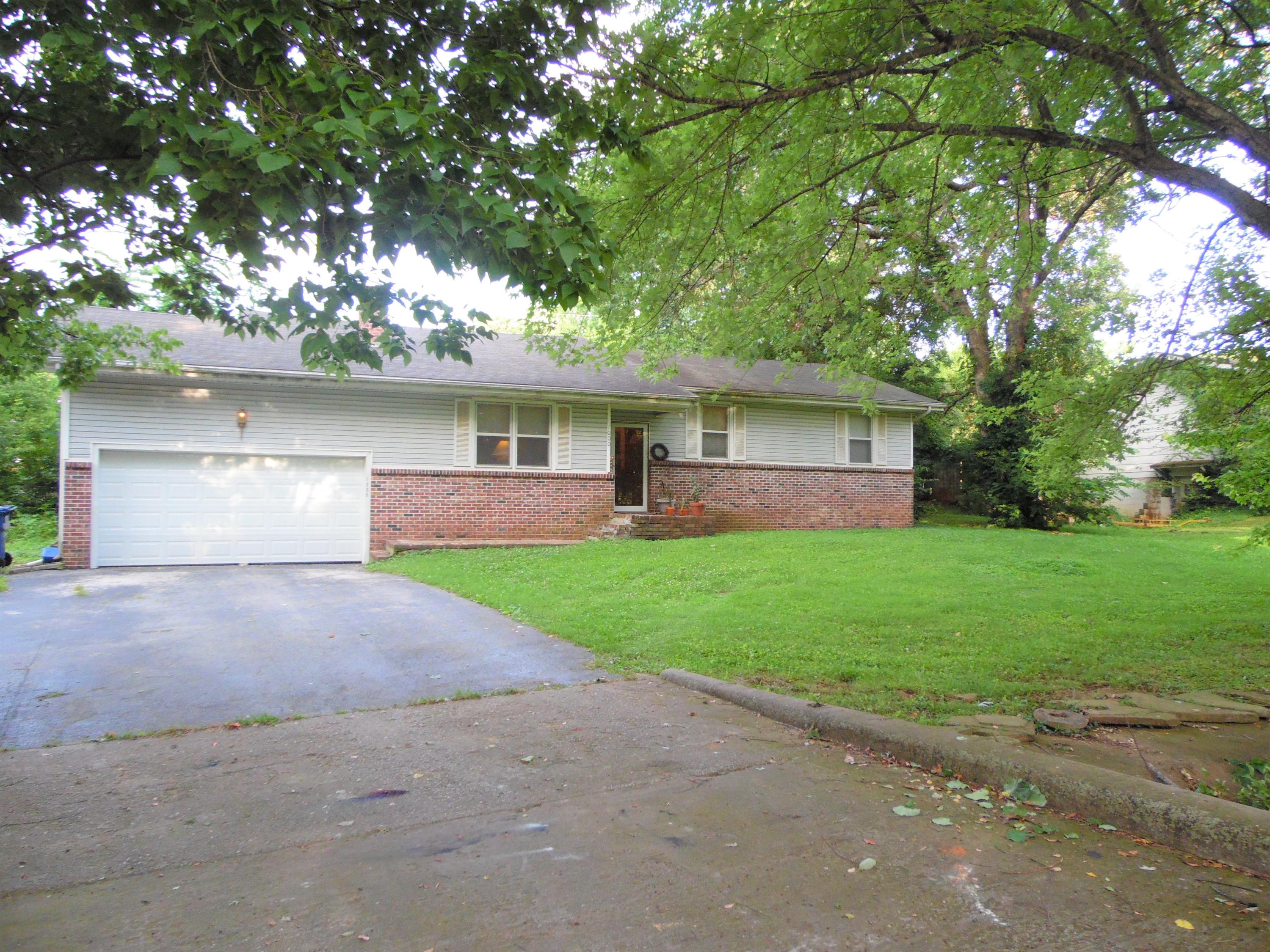 1000 South 3rd Avenue Ozark, MO 65721