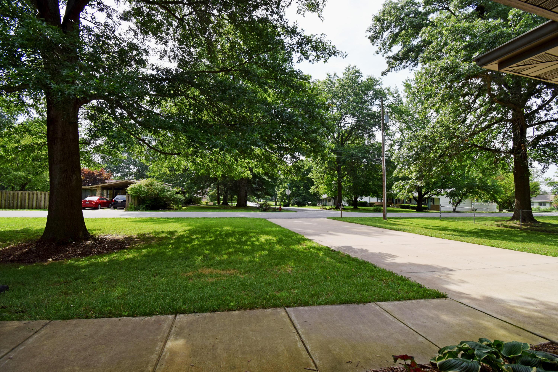 710 North 10th Avenue Ozark, MO 65721