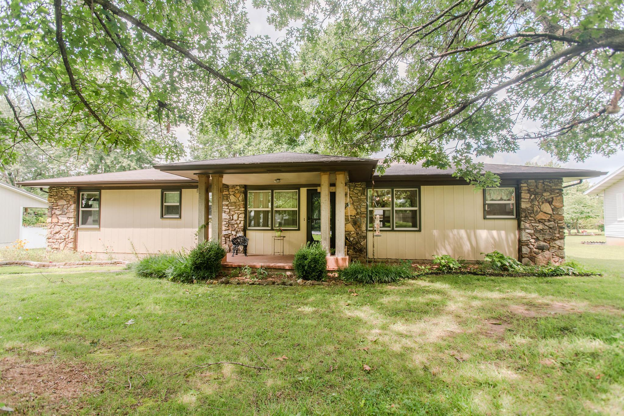 87 Rock Ridge Street Fair Grove, MO 65648
