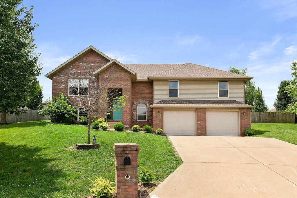 573 Peachum Place Nixa, MO 65714
