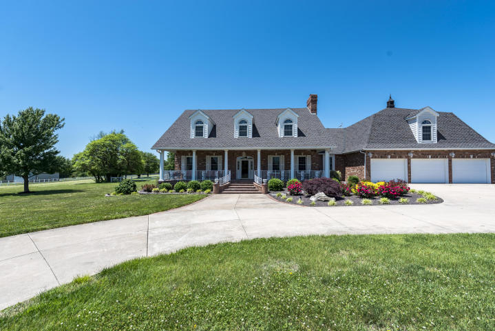 4143 North Farm Rd Springfield, MO 65803