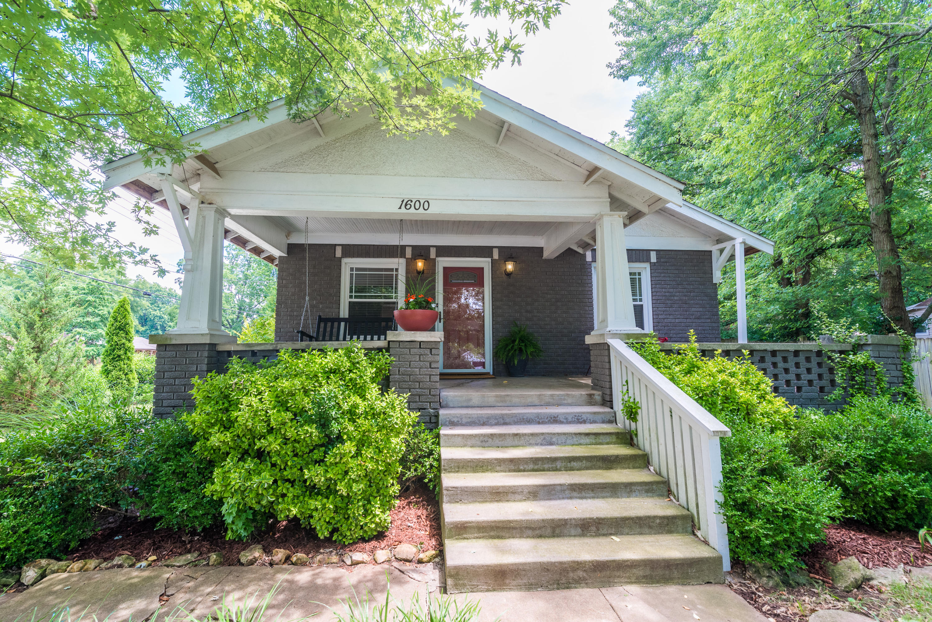 1600 South Jefferson Avenue Springfield, MO 65807