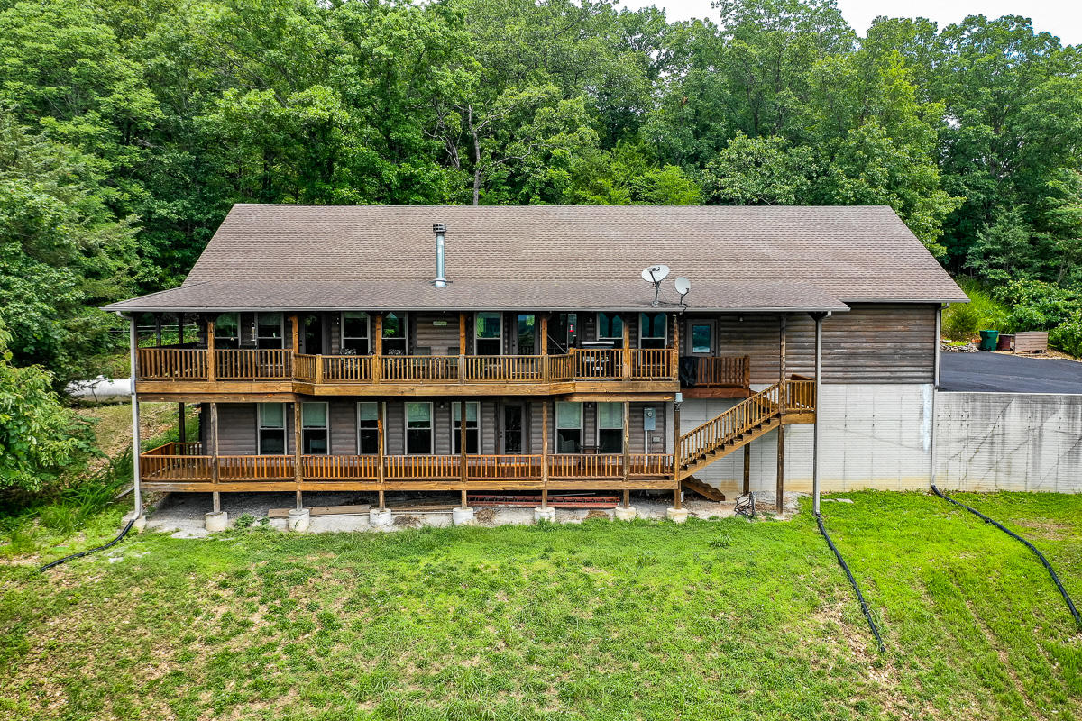 15 Whippoorwill Hollow Trail Kimberling City, MO 65686