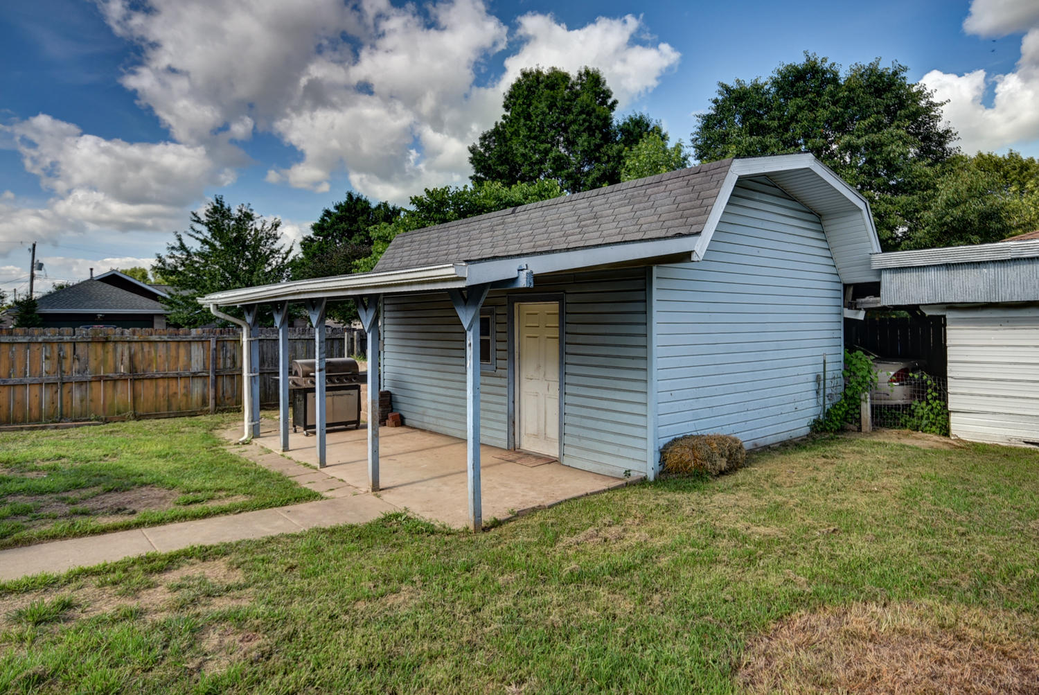 206 South Foster Avenue Springfield, MO 65802