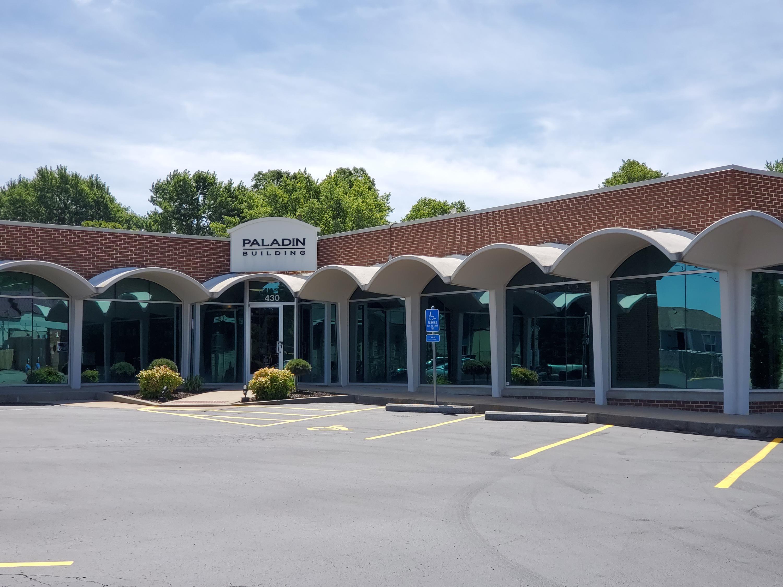 430 South Glenstone Avenue Springfield, MO 65802