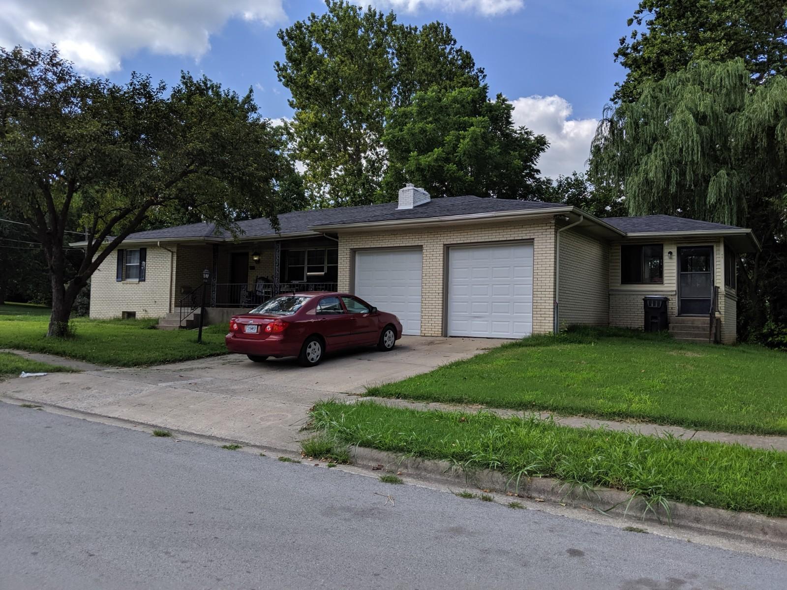 953 West Kerr Street Springfield, MO 65803