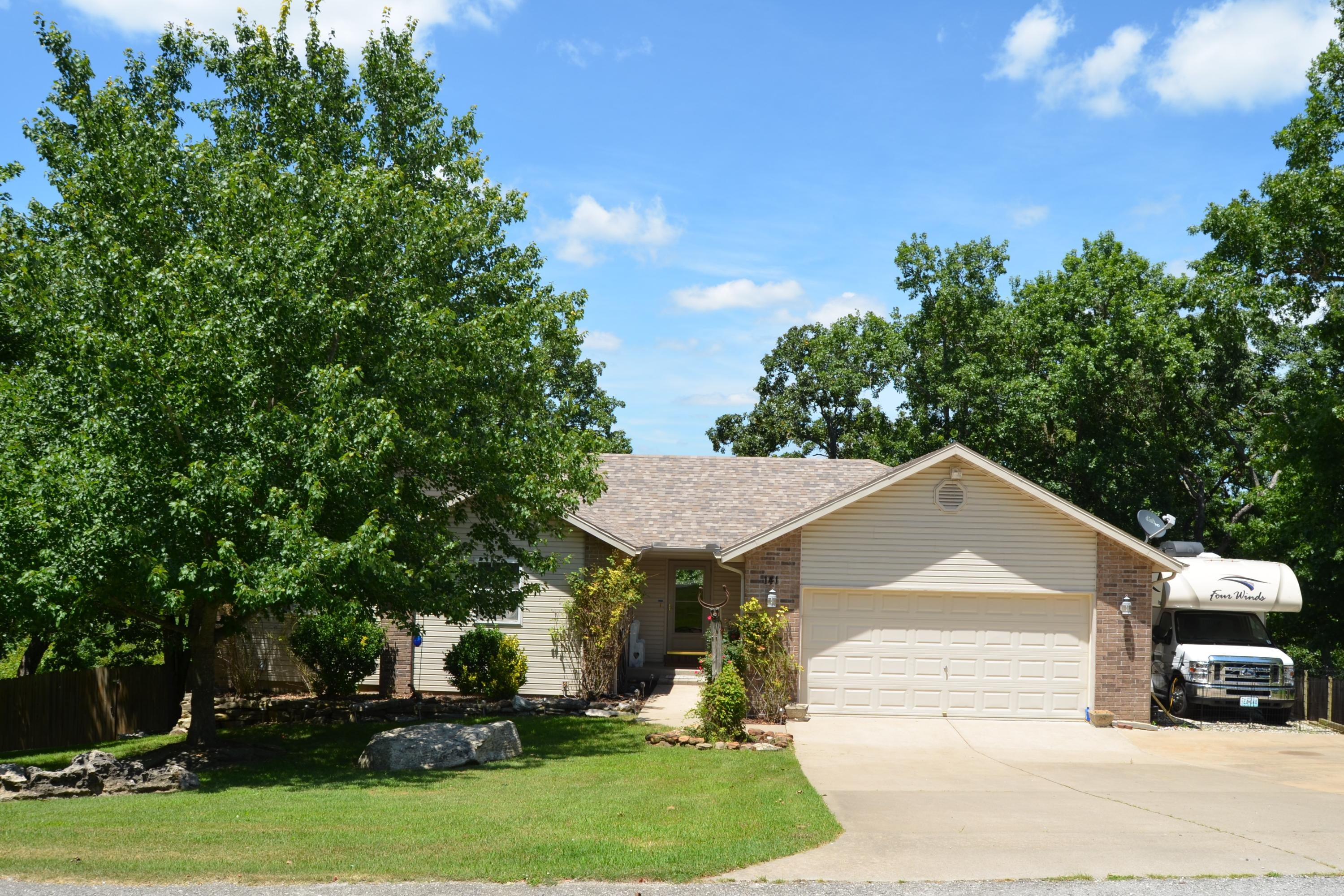 141 Wright Road Reeds Spring, MO 65737