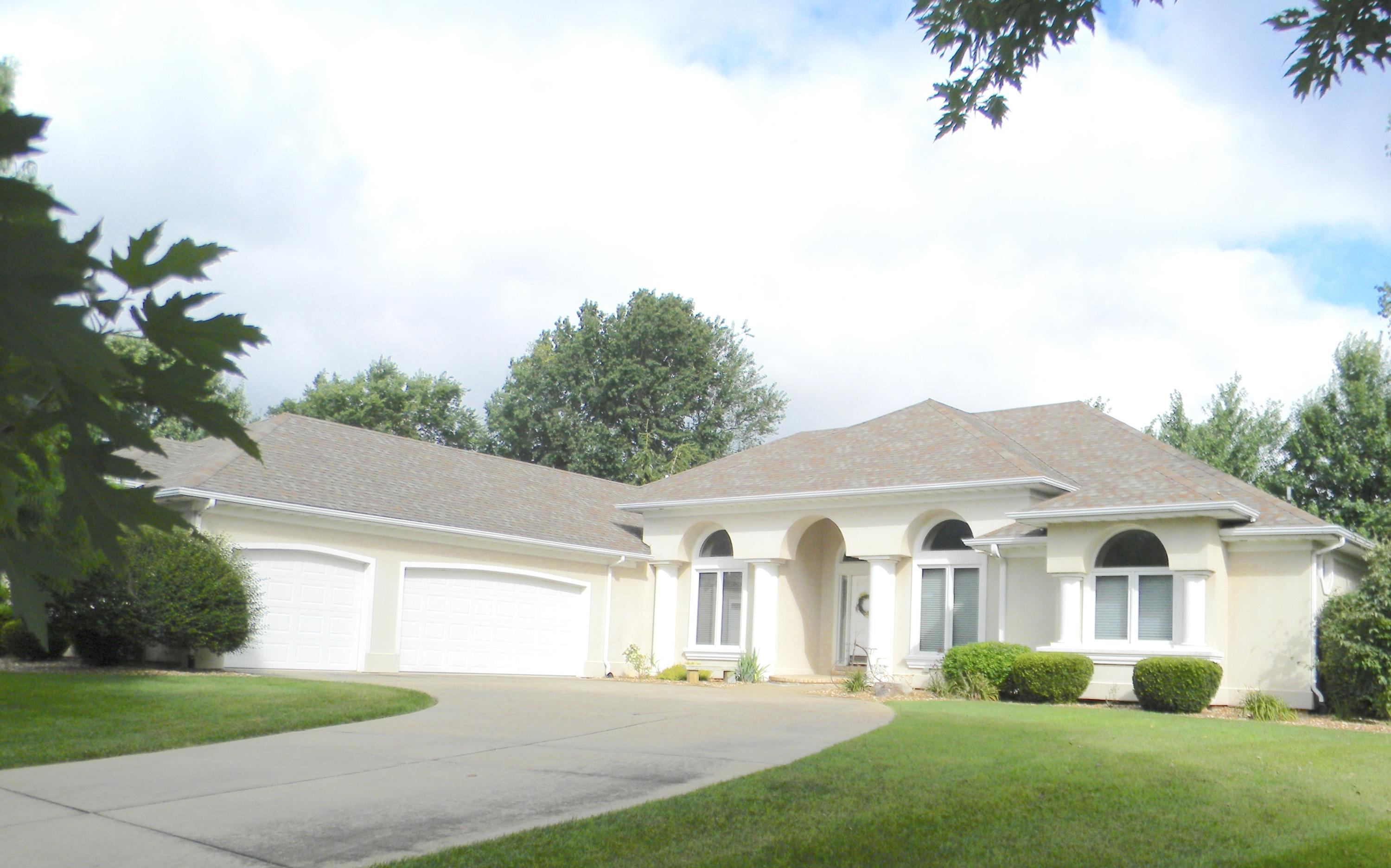 2217 South Oakbrook Avenue Springfield, MO 65809