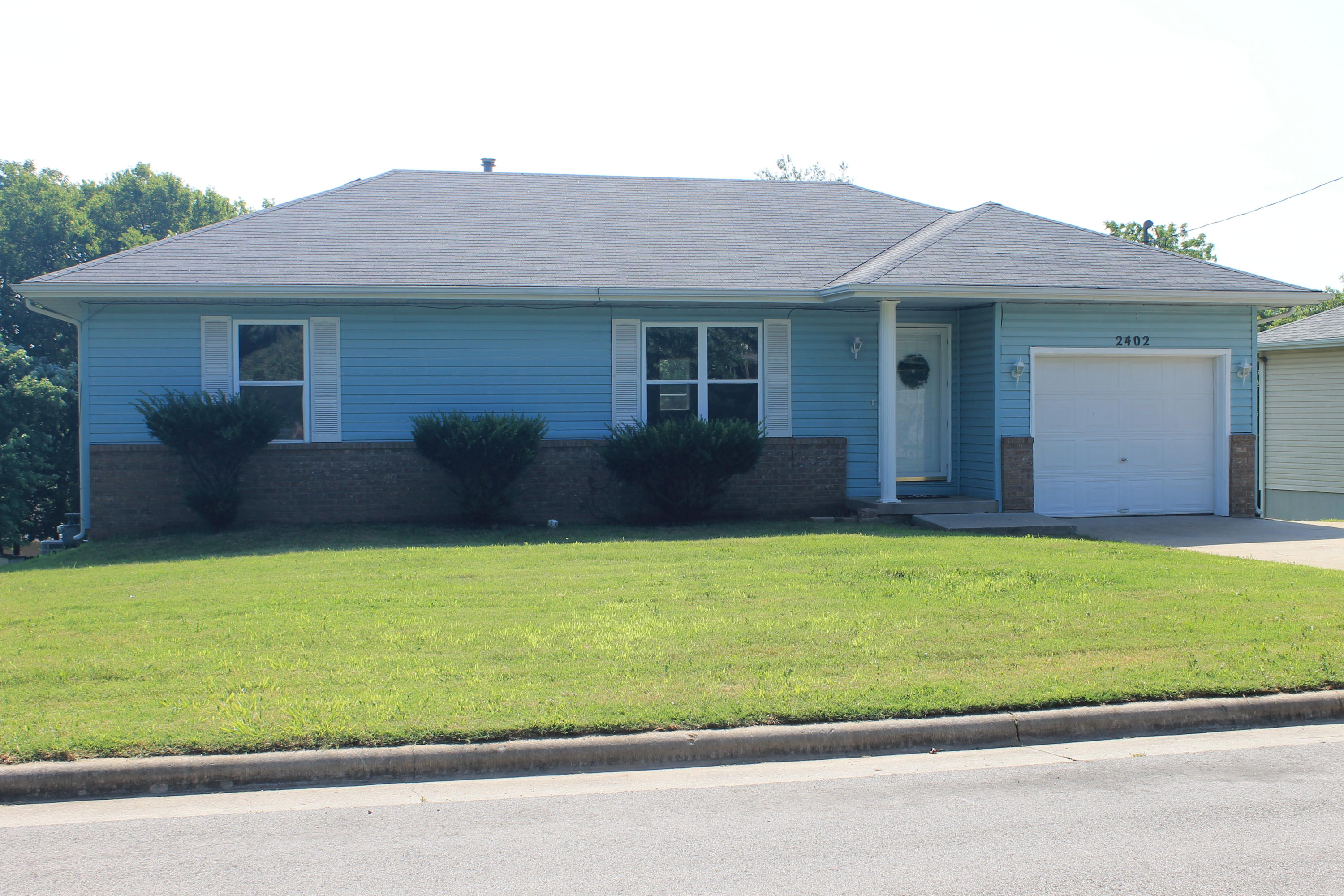 2402 South 14th Street Ozark, MO 65721