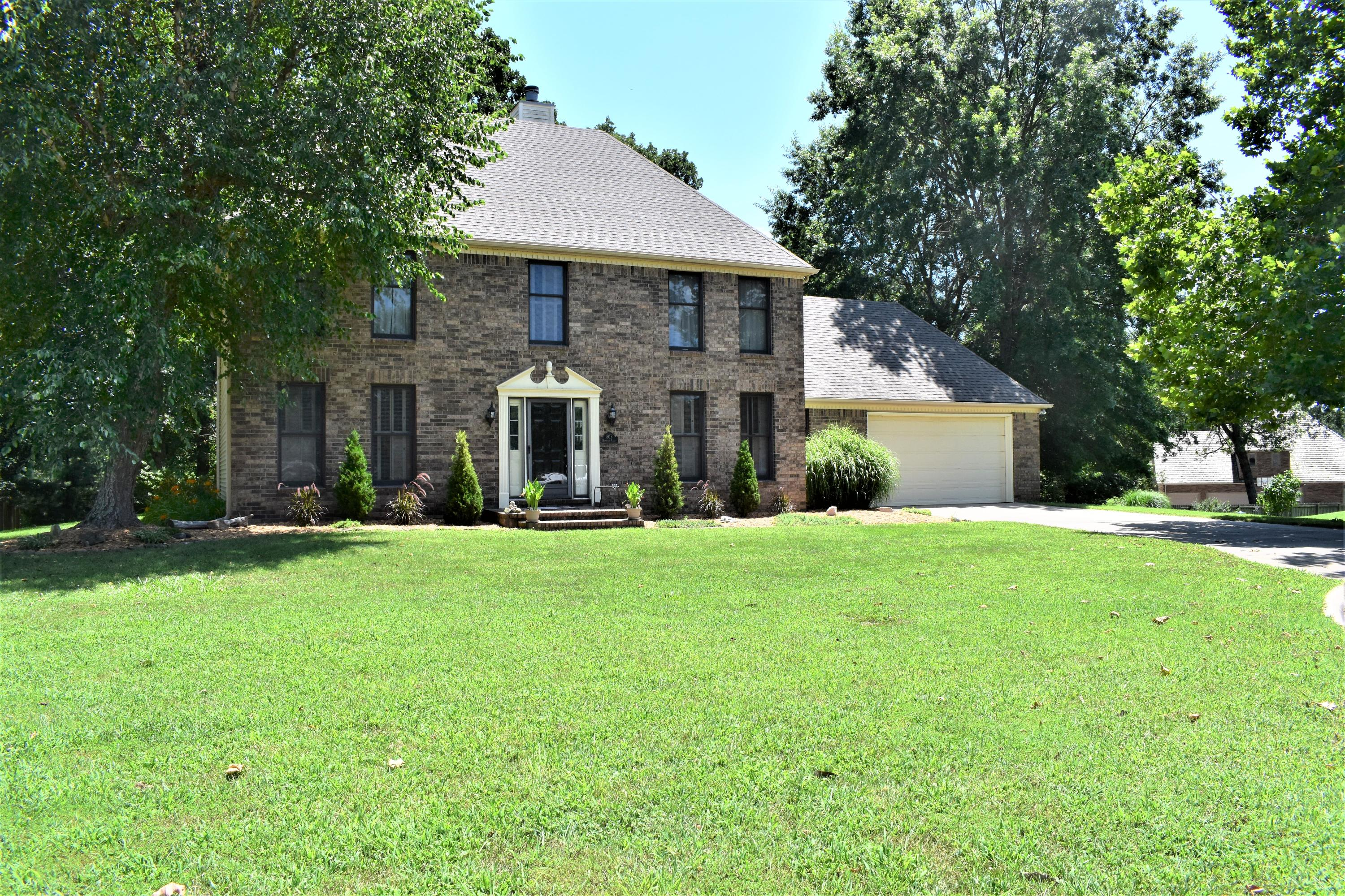 805 Hampton Place Road Monett, MO 65708