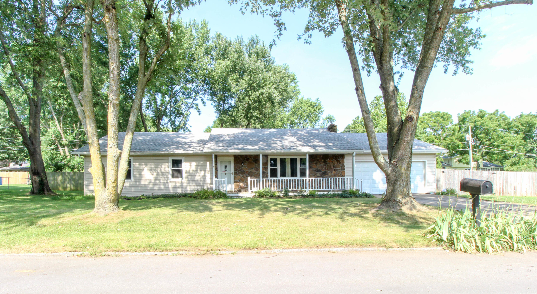 4261 South Appleton Drive Springfield, MO 65810