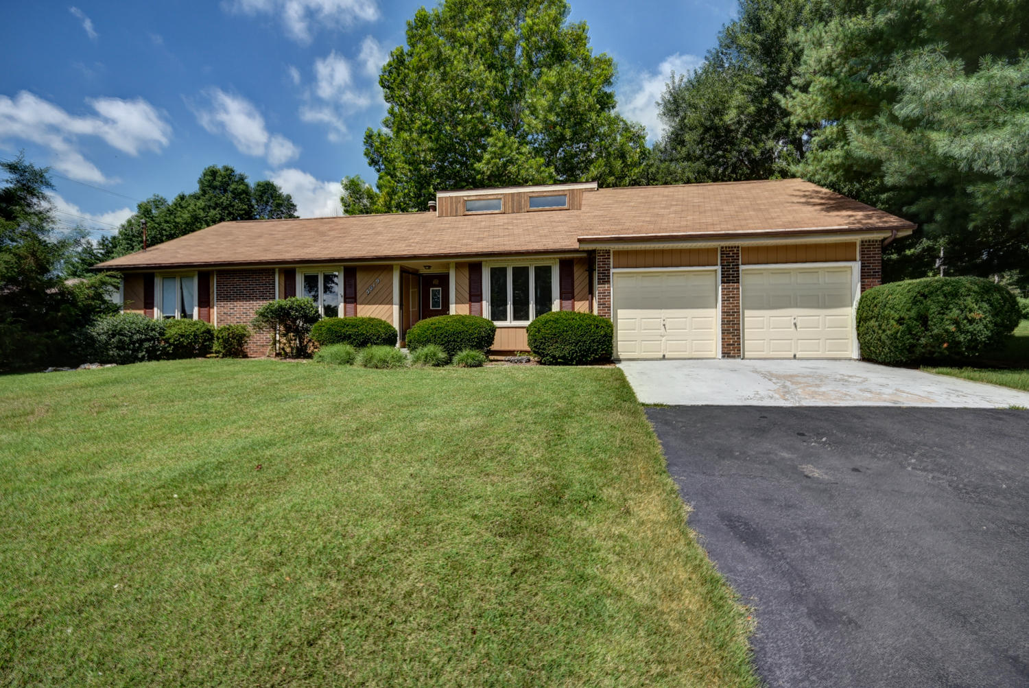 5019 South Colonial Avenue Springfield, MO 65804