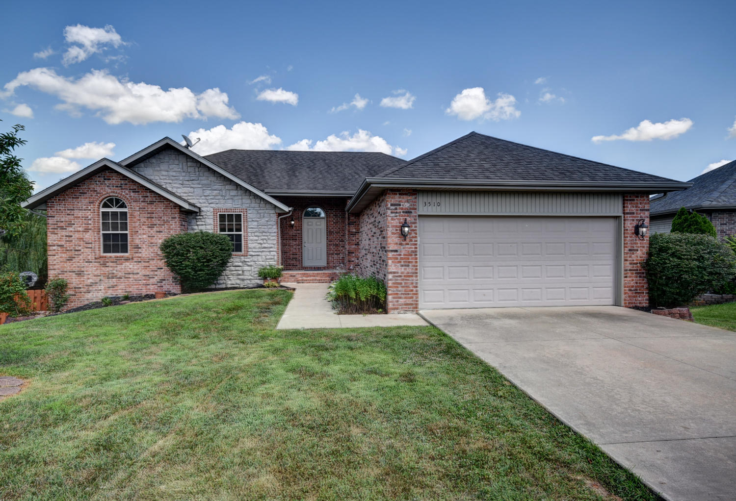 3510 North 29th Street Ozark, MO 65721