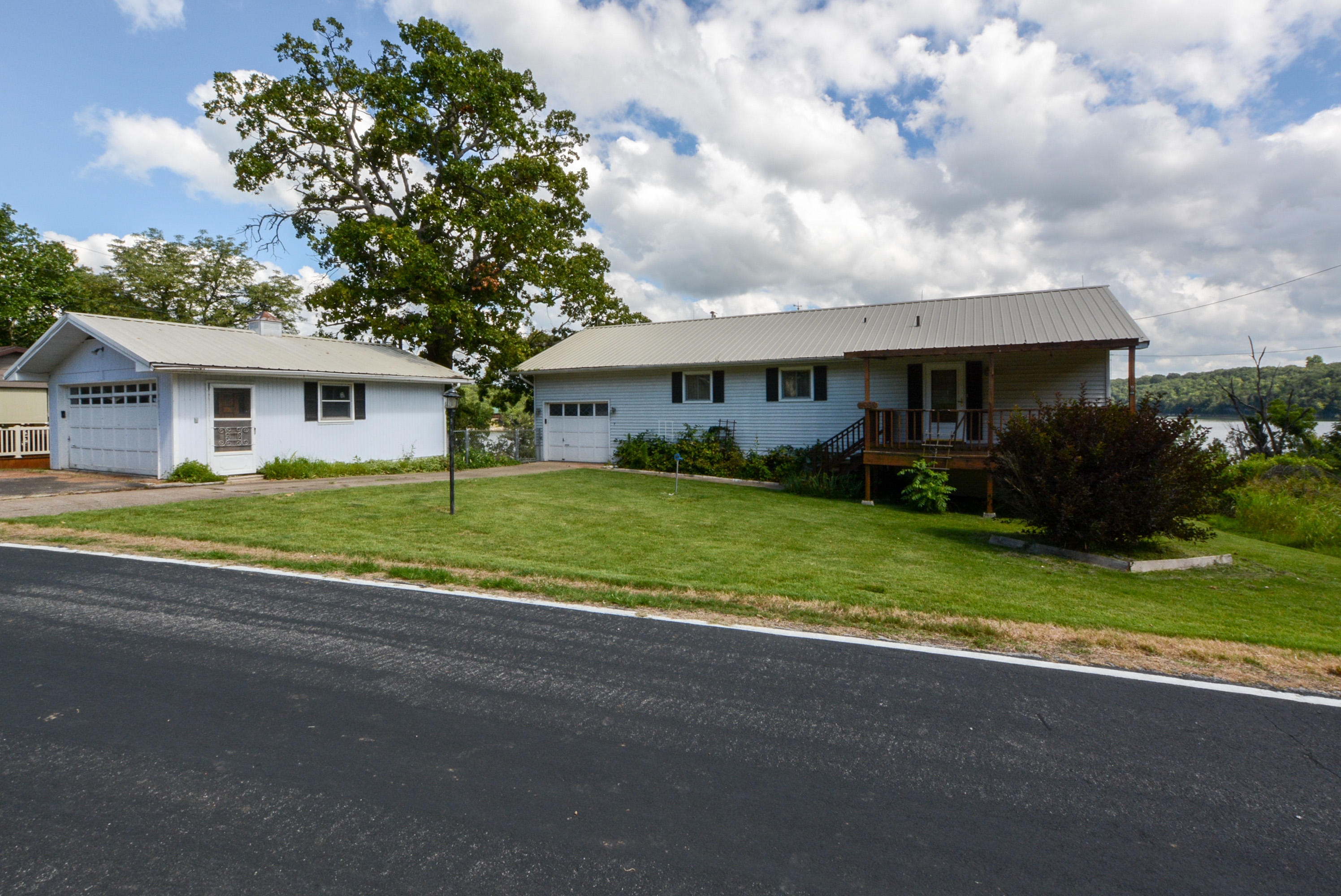 25198 Farm Road Shell Knob, MO 65747