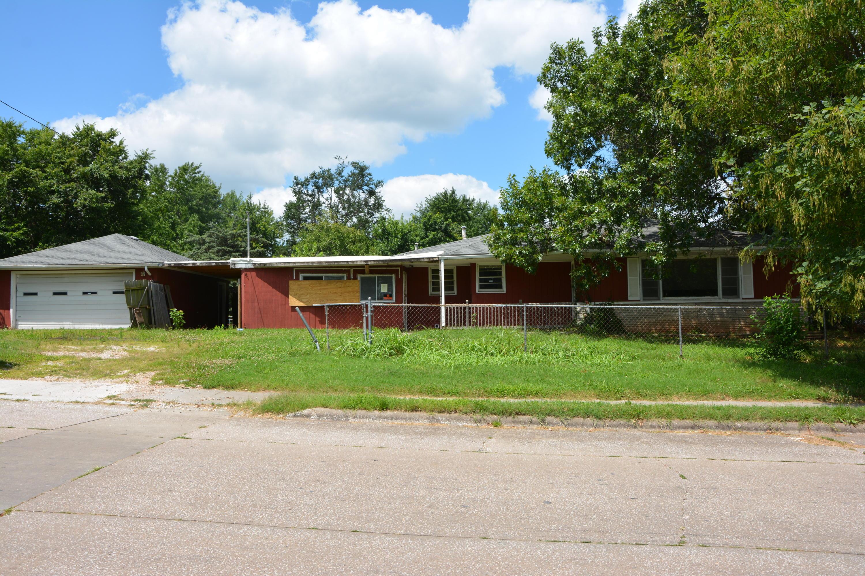 2555 North Johnston Avenue Springfield, MO 65803