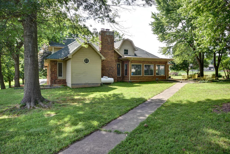 628 South Farm Rd Springfield, MO 65809