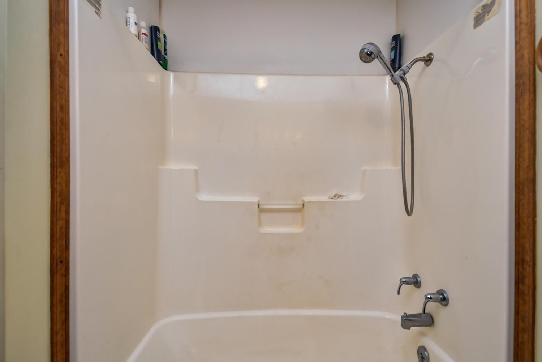 2044 West Hyacinth Court Nixa, MO 65714