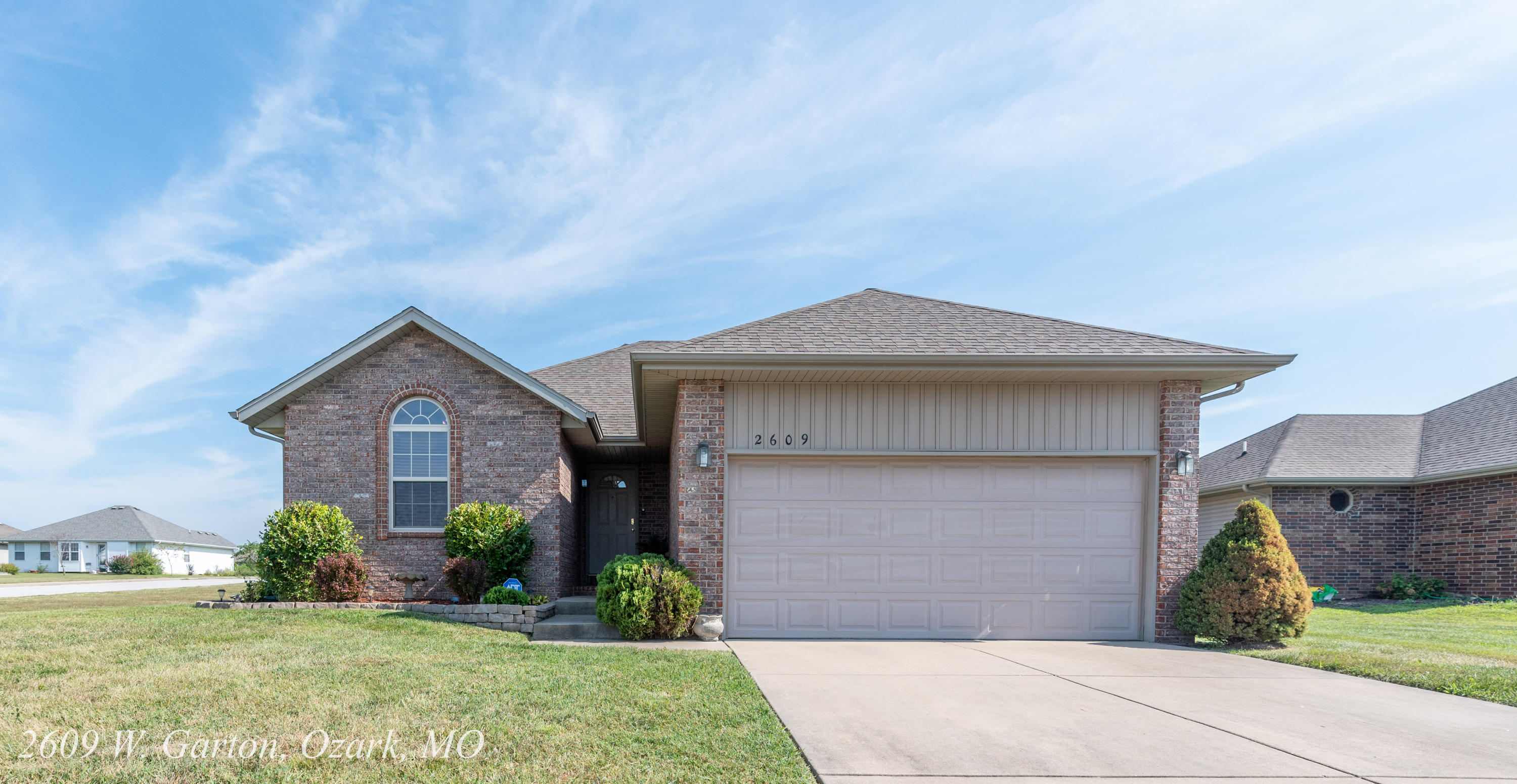 2609 West Garton Road Ozark, MO 65721