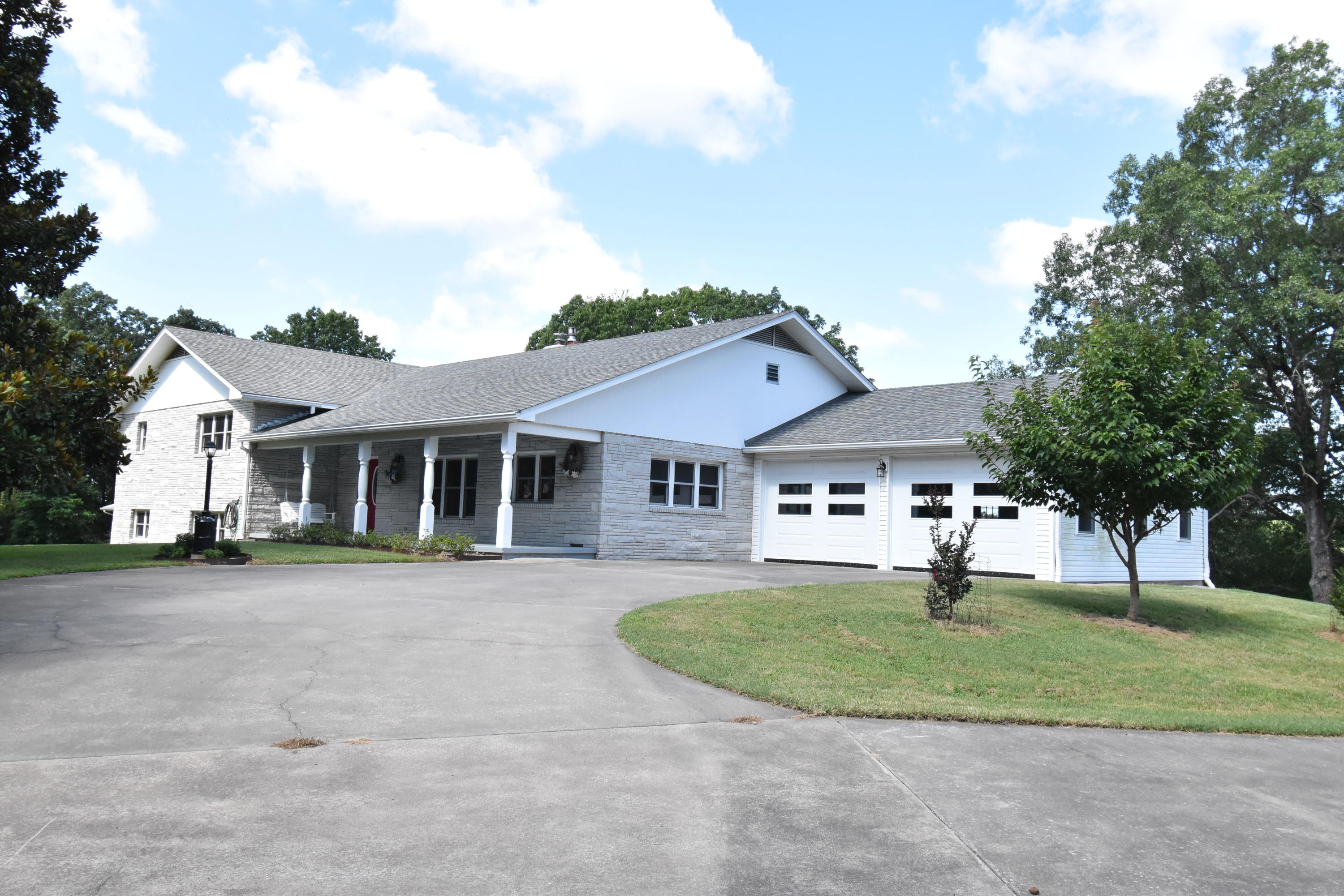 22645 State Hwy Cassville, MO 65625