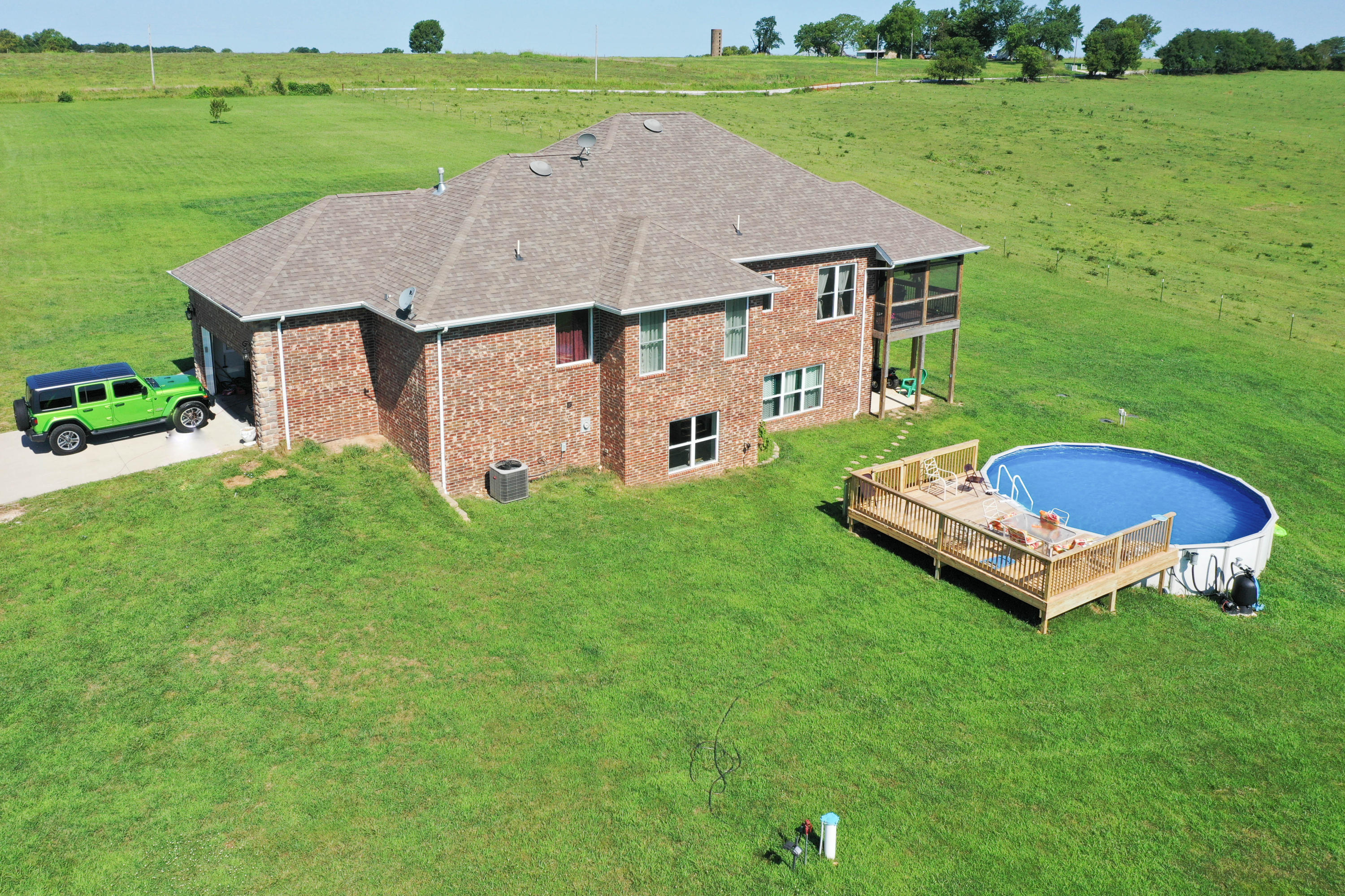 9224 North Farm Rd Willard, MO 65781