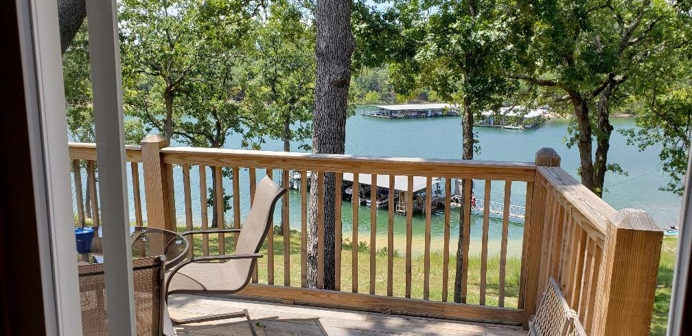 1123 Jakes Creek Trail Branson, MO 65616