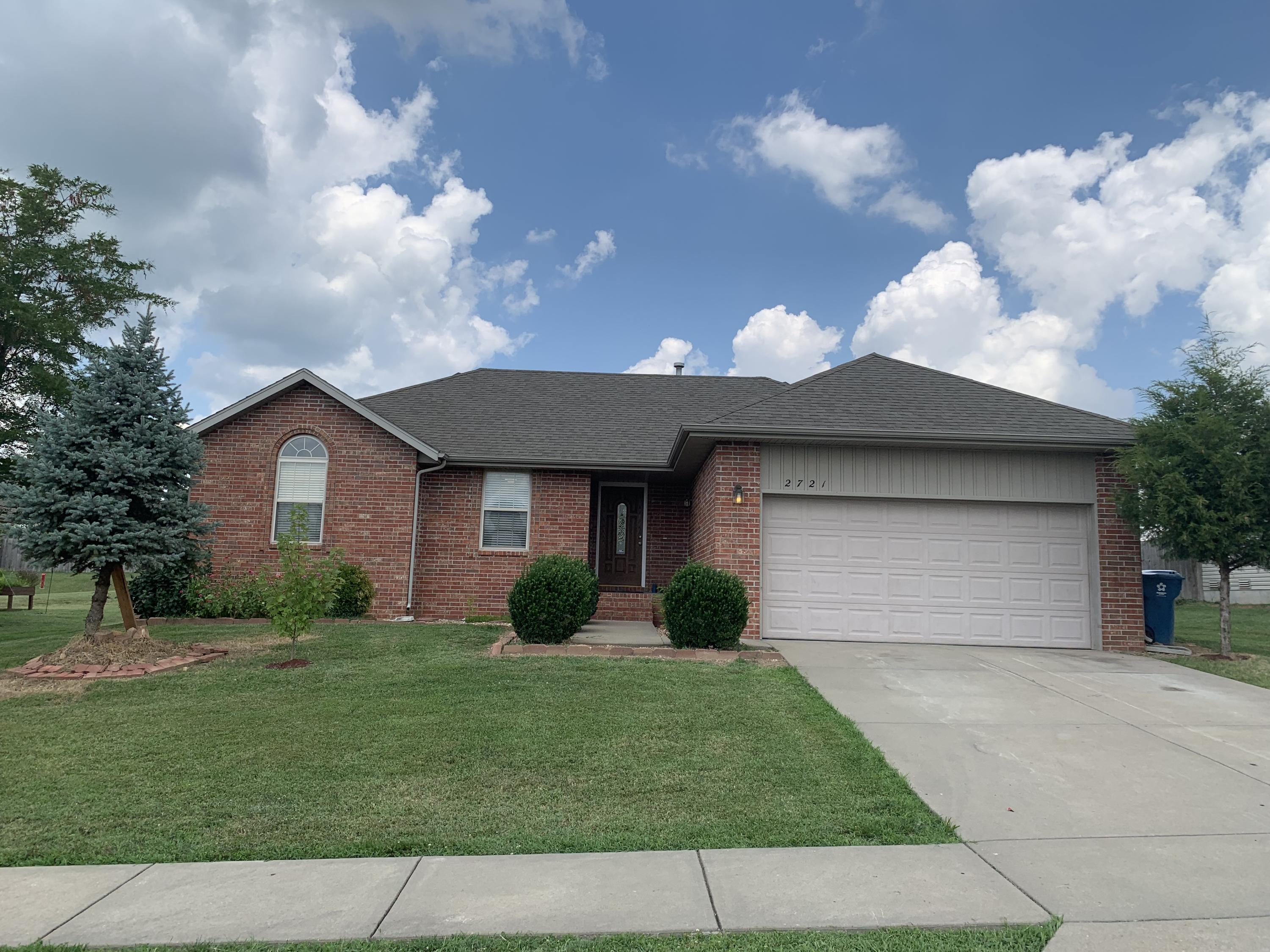 2721 West Garton Road Ozark, MO 65721