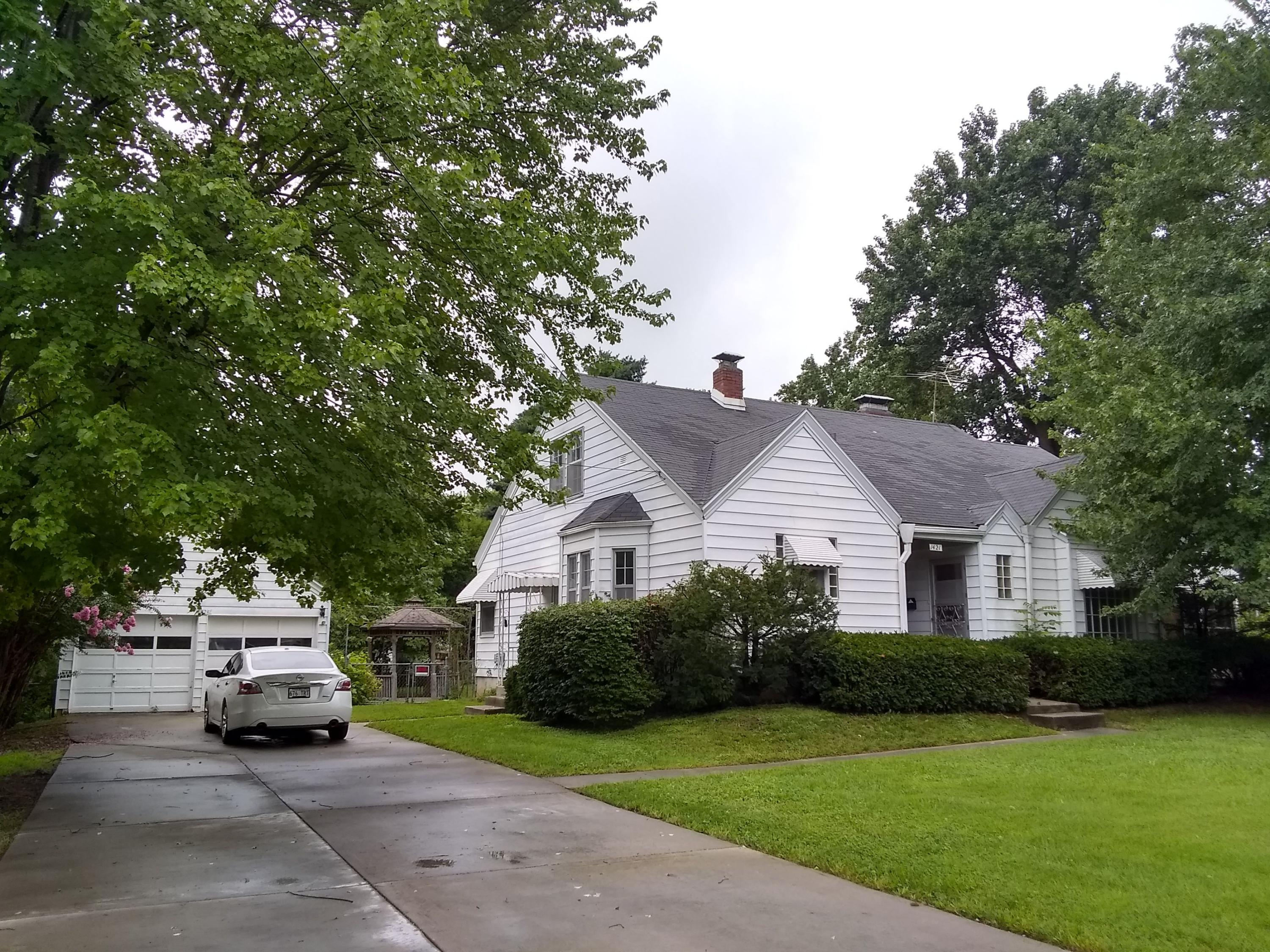 1421 South Fremont Avenue Springfield, MO 65804