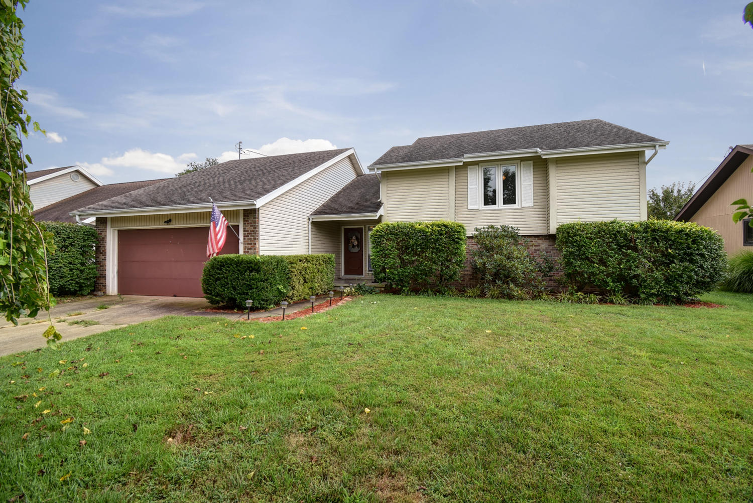 1338 East Knobhill Street Springfield, MO 65804
