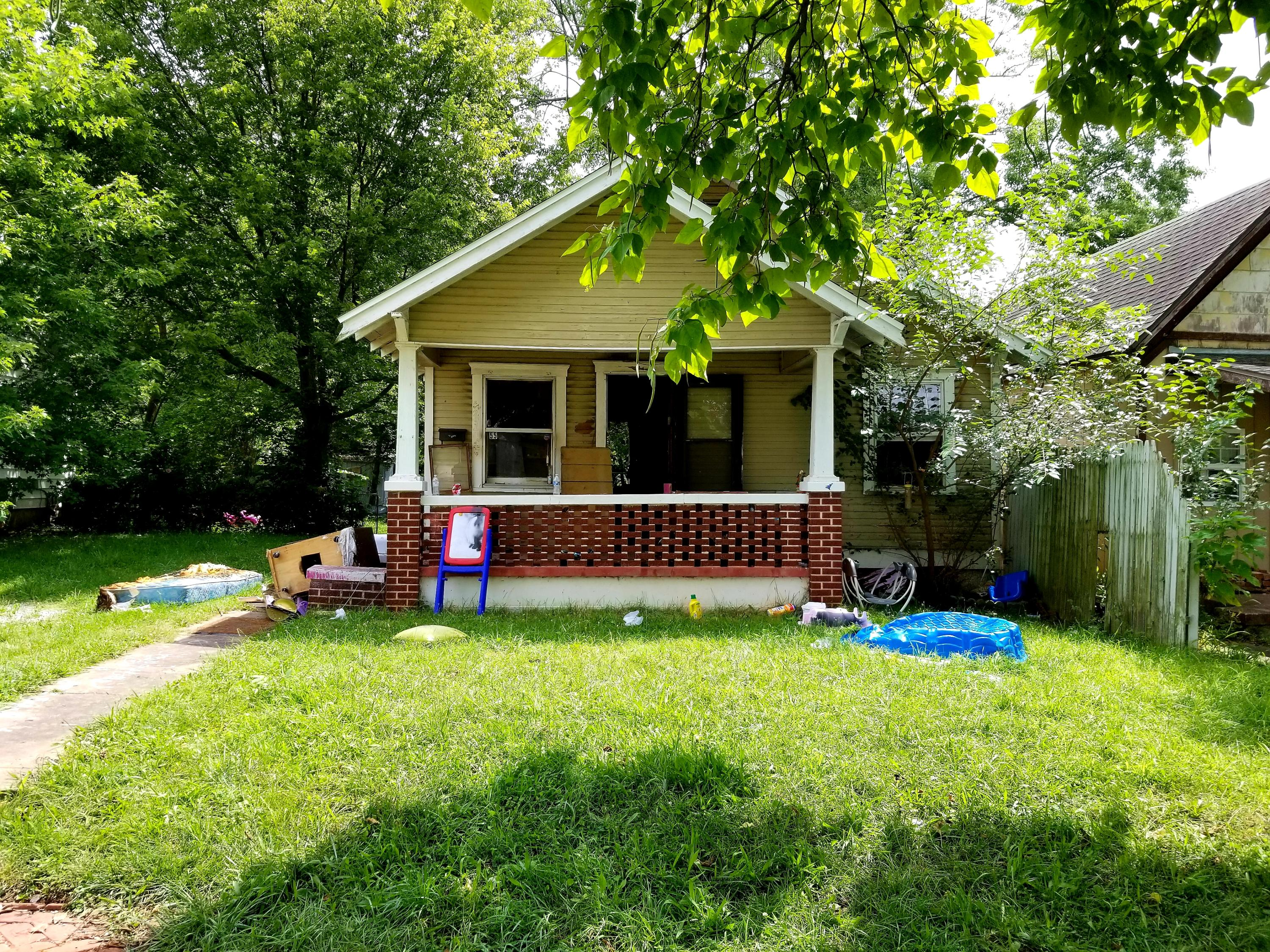 2010 North Ramsey Avenue Springfield, MO 65803