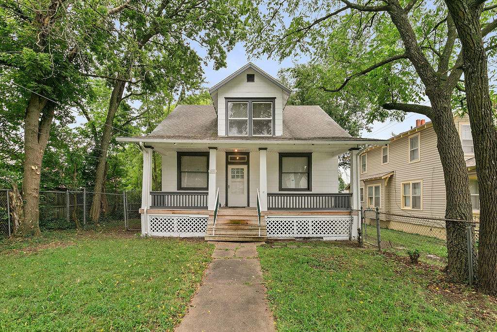 1220 West Walnut Street Springfield, MO 65806
