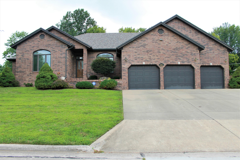 1647 South Chapel Drive Springfield, MO 65809