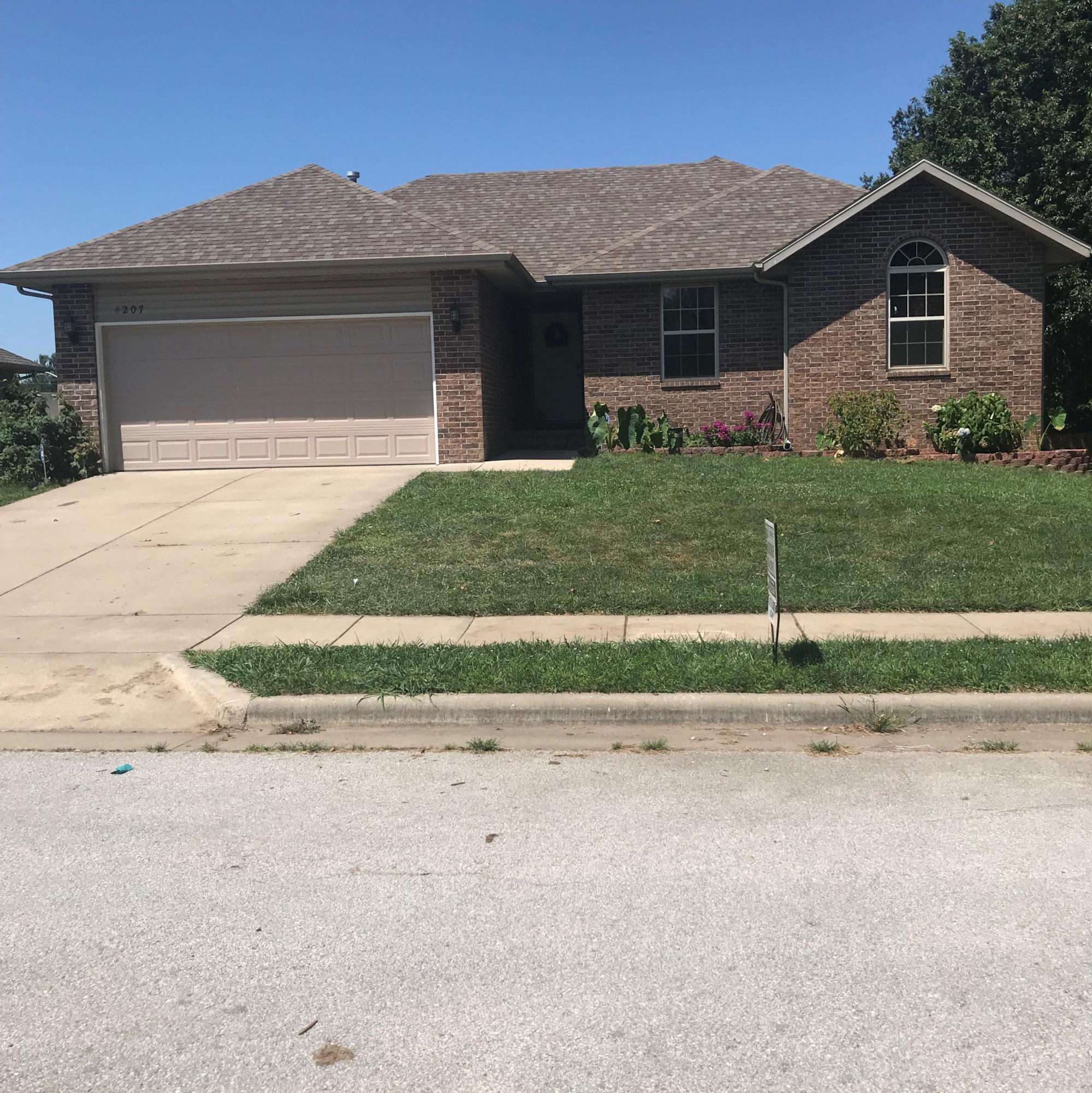 4207 North Thistle Drive Ozark, MO 65721
