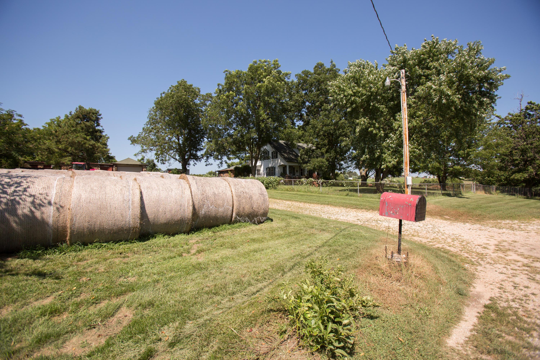 17 Sandstone Trail Fair Grove, MO 65648