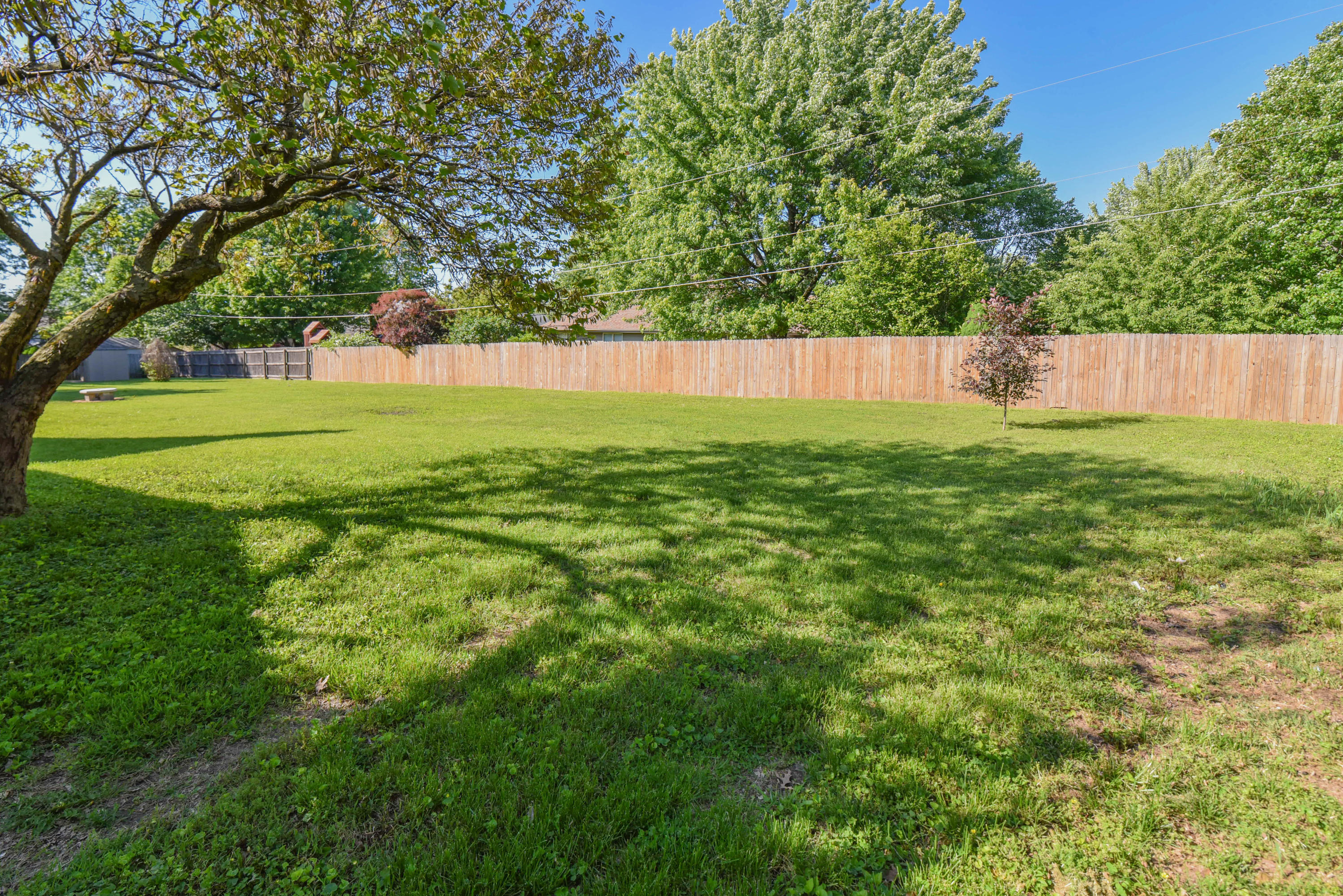 1443 East Wheatridge Court Springfield, MO 65803