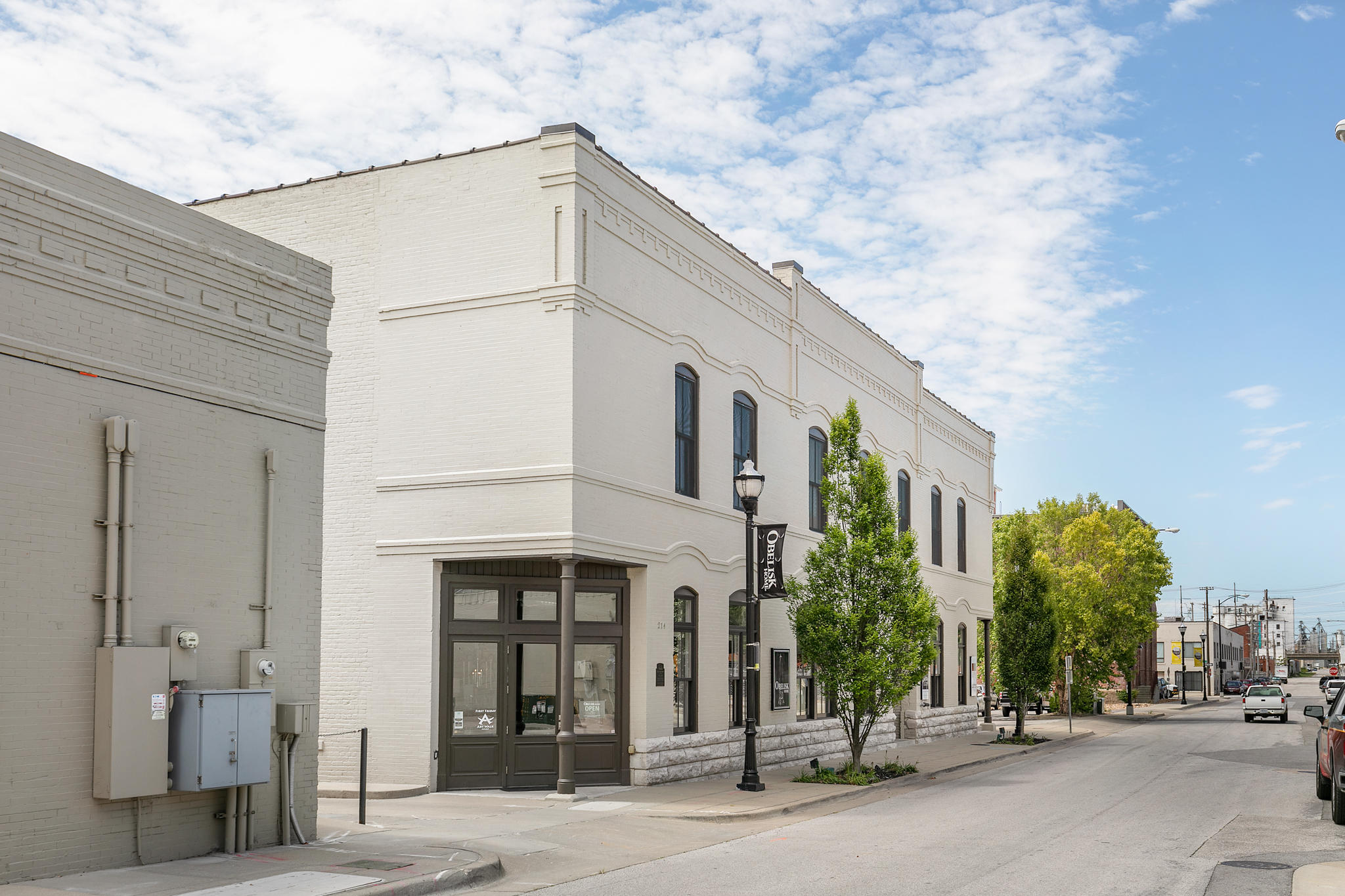 214 West Phelps Street Springfield, MO 65806